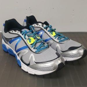 New Balance 780v5 running shoe new
